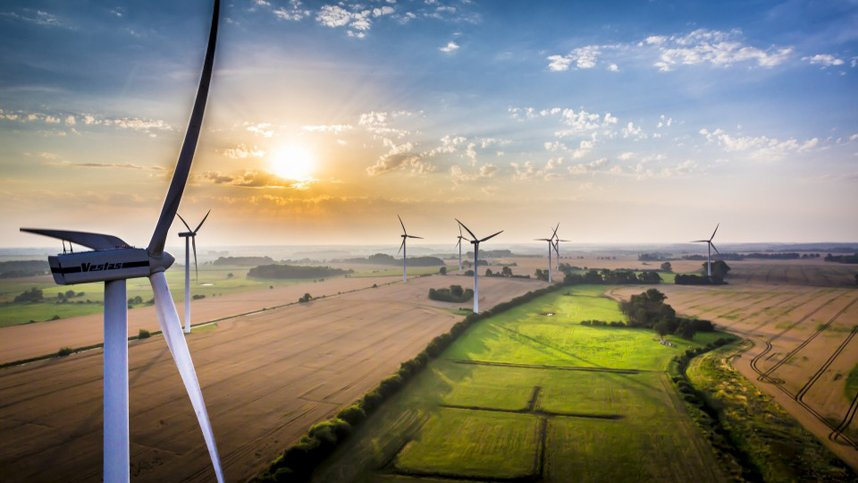 wind turbine isnpection by bristol drones